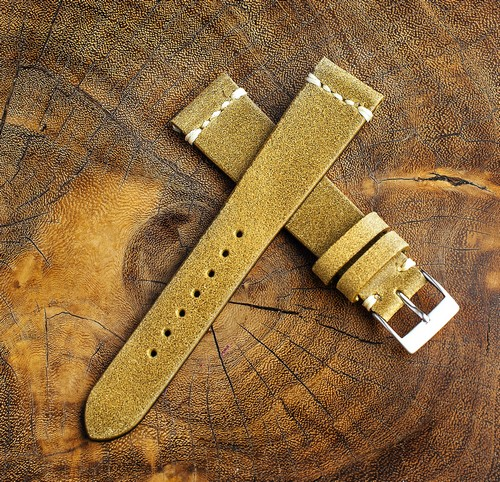 Chamonix Dark Gold Leather Strap 19mm (White Cross Stitching)
