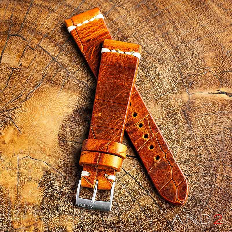 Vintage Cracked Croco Brown Leather Strap 19mm (White Cross Stitching)