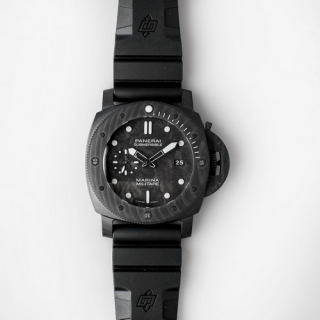 Pam 979 Luminor Submersible Marina Militare CARBOTECH Circa 2019